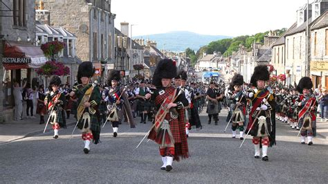 Braemar Media - Scotland the Brave by the massed bands as