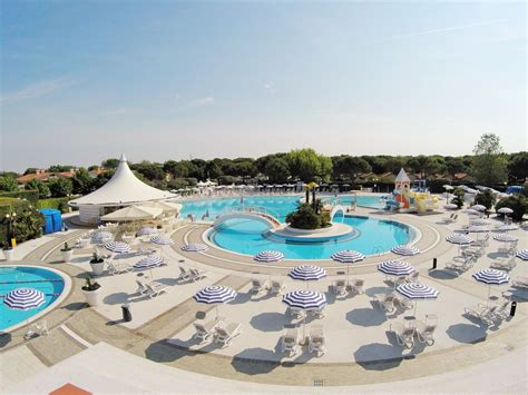 Camping Sant Angelo   Luxury mobile homes & tents   Roan